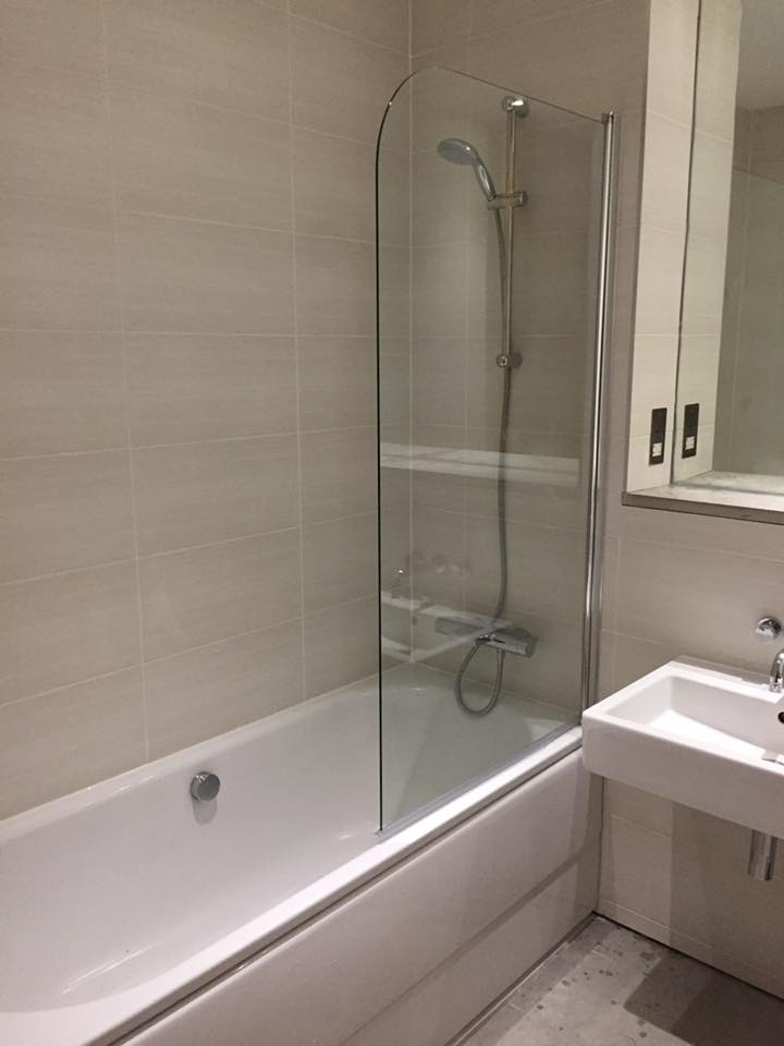 bathroom installation by sr plumbing plymouth